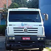 Caminhão Pipa Encher Caixa Dágua em Suzano